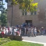 <b>Live : Départ de la visite des Grands Monuments : 3 guides et 104 personnes ! #Toulouse #visiteztoul...</b>