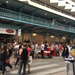 <b>Live : Nocturne du @MarcheHugo #Toulouse. #visiteztoulousepic.twitter.com/uJe0mITVb4</b>