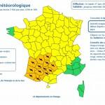 <b>Orages : treize départements du Sud-Ouest placés en vigilance orange  http://bit.ly/2sbGgAtpic.twit...</b>