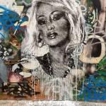 <b>Live : nouveaux graffs rue Gramat, festival Latinograff #Toulouse #visiteztoulousepic.twitter.com/9i...</b>