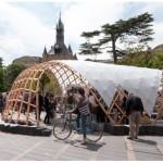 <b>Les étudiants d'architecture installent un pavillon vendredi et samedi devant le Donjon  http://bit....</b>