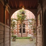 <b>Faites un «petit tour dans les cours» avec l'office de tourisme de #Toulouse :  http://bit.ly/2Fmk...</b>
