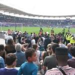 <b>Le TFC tombe dans la zone rouge , le Stade Toulousain recevra Castres en barrage, l'USAP sacré à Ern...</b>