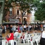 <b>Cet après-midi, @tangopostale place St Pierre #toulouse  #visiteztoulousepic.twitter.com/NMWZbzoobM</b>