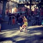 <b>Ça swingue, le dimanche après-midi place St Pierre #Toulouse ! #visiteztoulousepic.twitter.com/37HV2...</b>