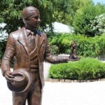 <b>La statue de Carlos Gardel dégradée</b>