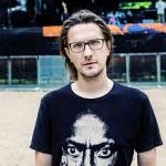 <b>Steven Wilson au Bikini en janvier 2019</b>