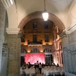 <b>Les tréteaux du Capitole : les précieuses ridicules, jouées dans la cour de l'hôtel ibis #Toulouse c...</b>
