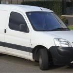 <b>Faits divers. Un automobiliste fait une chute mortelle en fourgonnette entre Couptrain et Lignières-...</b>