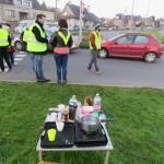 <b>Gilets jaunes à Fougères : filtrages suspendus cette nuit mais stations bloquées</b>