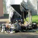 <b>Deux conteneurs à ordures ménagères détruits par les flammes à Vimoutiers</b>
