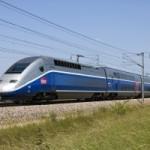 <b>Quatre octogénaires s'échappent de leur voiture avant la percussion d'un TGV</b>