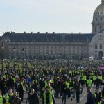 <b>Gilets jaunes, acte 14 : des manifestants blessés par une voiture à Rouen, tensions en région</b>