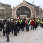<b>Environ 130 personnes défilent à Flers pour la hausse des salaires</b>
