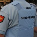 <b>Gironde : elle surprend des cambrioleurs en train de forcer sa porte d&#039;entrée</b>