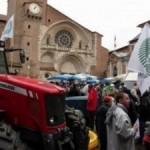 <b>Blocages des agriculteurs dans la région qui menacent de paralyser Toulouse mercredi</b>