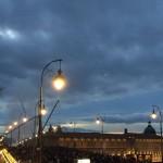 <b>Fumée, coucher de soleil...on est prêts ! #visiteztoulouse #gardiendutemple  #toulousepic.twitter.co...</b>