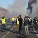 <b>Vidéo. Finistère. Gilets jaunes à Quimper : la manifestation dégénère en débordements</b>