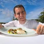 <b>Le chef étoilé de La Plaine-sur-Mer, Mathieu Guibert, ne goûte pas au titre de Meilleur ouvrier de F...</b>