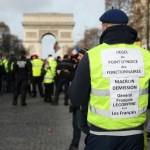 <b>Acte XIII des Gilets jaunes : un manifestant grièvement blessé à Paris</b>