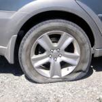 <b>Cholet : les pneus de 300 voitures crevés en une nuit</b>