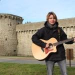 <b>Guérande : Milena, la nouvelle voix folk-rock, sort son premier album</b>