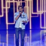 <b>The Voice : Antso, chanteur originaire de Toulouse, qualifié dans l&#039;équipe de Julien Clerc</b>