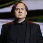 <b>> Dans la solitude des scènes d'opéra</b>