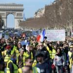 <b>Les Gilets jaunes de nouveau dans les rues de Paris ce dimanche, dans le calme</b>