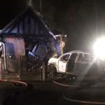 <b>Le Mesnil-Simon : la voiture percute une habitation et s&#039;embrase, la conductrice grièvement ble...</b>