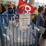 <b>Saint-Nazaire : Manifestation à l'hôpital pour défendre les postes de pédiatrie</b>