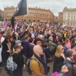 <b>En images. Des centaines de personnes réunies à Toulouse pour la journée des droits des femmes</b>