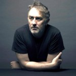 <b>INTERVIEW.  Yann Tiersen : « En breton, je m&#039;exprime plus facilement »</b>