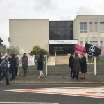 <b>En colère, les employés du centre des finances publiques de Châteaubriant sont en grève</b>