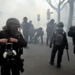 <b>Bilan de l'acte 23 des gilets jaunes : des milliers de manifestants, des débordements, des bles...</b>