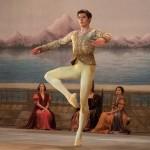 """<b>AU CINEMA. """"Noureev"""", un biopic sur l'un des plus grands danseurs de tous les temps</b>"""