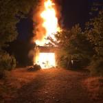 <b>Une maison prend feu dans la nuit au nord de Toulouse, la famille saine et sauve</b>