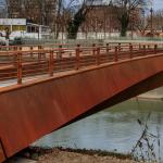 <b>Toulouse. Une nouvelle passerelle pour vélos et piétons enjambe la Garonne</b>
