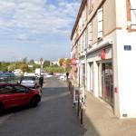 <b>Au sud de Toulouse. Ils tentent de braquer une boutique de téléphones : le vendeur les met en fuite</b>