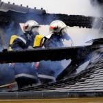 <b>Près de Toulouse. L'incendie se déclare en pleine nuit, une quinzaine de pompiers mobilisés</b>