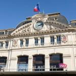 <b>Toulouse. Des manifestants envahissent la gare Matabiau, un «engin artisanal » retrouvé sur les voi...</b>
